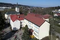 V jablonecké Základní škole Rýnovice hořela stará elektřina.