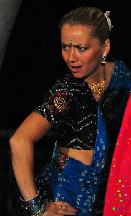 Lektoři akce: Léto tančí 2017 v Jablonci nad Nisou. Lucie Linhartová Bollywood.