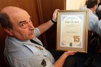 V pátek 25. února byli na radnici v Jablonci nad Nisou odměňováni strážníci Městské Policie. Strážníkem roku 2009 je Jaroslav Brožek, Petr Vedral, Petr Vaňura.