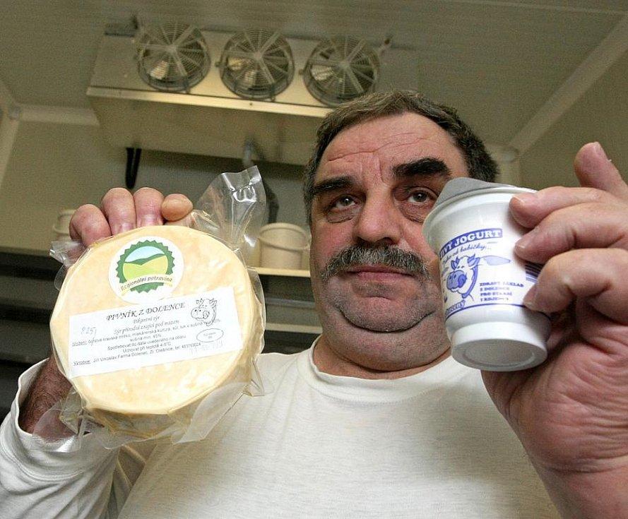 Pivní sýr a jogurt k prodeji.