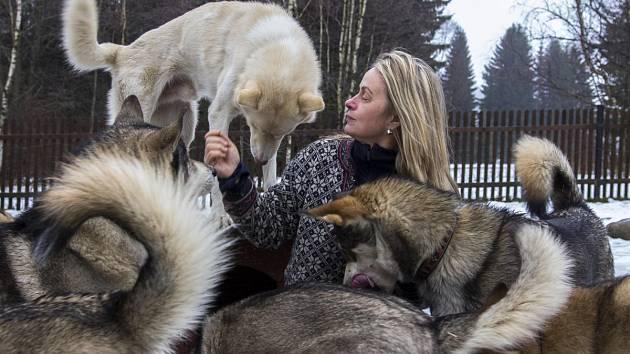 Jana Henychová se svými psy