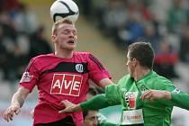 Jablonec doma remizoval s Budějovicemi 1:1. Jakub Řezníček z Českých Budějovice a Pavel Eliáš z Jablonce.