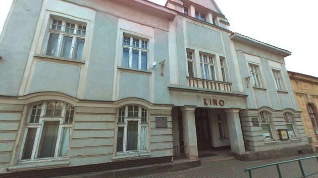 Radnice ve Velkých Hamrech koupila budovu někdejšího kina. V plánu je vznik bytů především pro mladé rodiny.