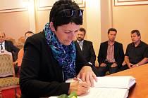 Bývalá starostka Harrachova Eva Zbrojová