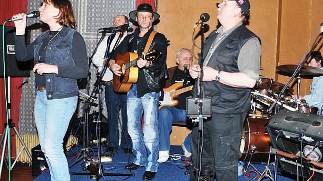 Country kapela Sešlost.