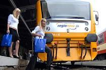 S velkou slávou vyjely modernizované vozy Regionovy na tratě v Libereckém kraji. S nadílkou sněhu je dnes jasné, že v náročném terénu  Tanvaldska za extrémních podmínek příliš neobstojí.