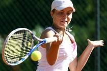 Finálový zápas MČR v tenisu dívek. Vítězka Tereza Kolářová.
