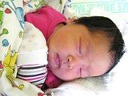 ZUZANA NGUYEN se narodila Hoa a Romanovi Nguyenovým z Jablonce 14. 6. 2016. Měřila 46 cm a vážila 4380 g.