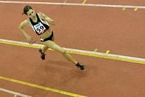 Vítězka v běhu na 1500 metrů Carmen Iris Beshirová ze Zdice.