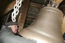 Pan Hlubuček ve zvonici