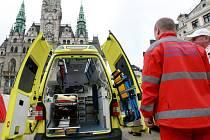Naposledy Zdravotnická záchranná služba Lib. kraje veřejnosti představila před libereckou radnicí nové vozy v roce 2011.