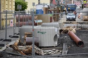 Rekonstrukce vodovodu a kanalizace v Jablonci.