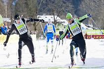 Stanislav Řezáč (vlevo) finišuje s Arhlinem.