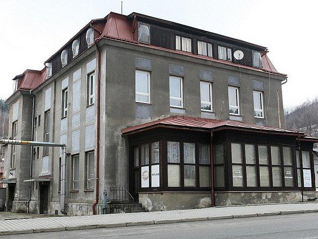 Kulturní dům Sklář Desná.