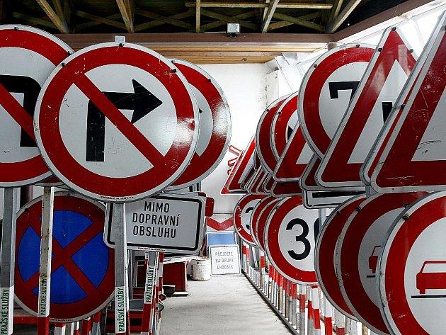 Dopravní značka. Ilustrační snímek.