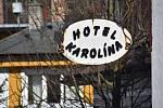 Harrachovský hotel Karolína před přestavbou. Stavaři sem nastoupí už za pár týdnů.