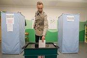 Biatlonista Matěj Krupčík odevzdal 21. října v Jablonci nad Nisou svůj hlas ve volbách do Poslanecké sněmovny Parlamentu České republiky.