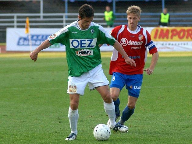 Plzeňští hráči nestačili na jablonecký celek. Petr Smíšek byl jedním z hráčů, kteří přispěli k vítězství.
