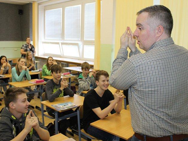 Mladí se na pedagogické školy nehrnou - ilustrační snímek