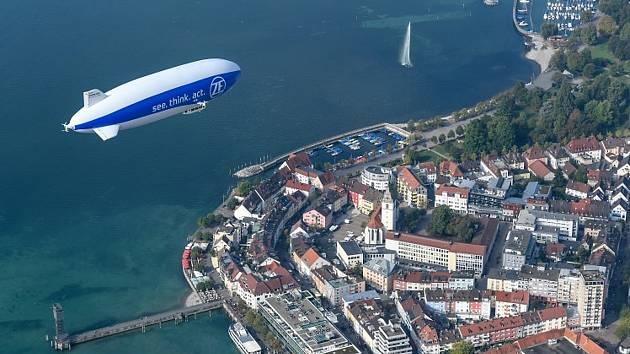 Tahle přiletí do Jablonce. Zeppelin New Technology (NT) je jednou z největších provozuschopných vzducholodí na světě.