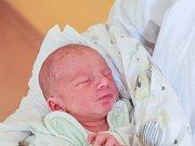 RICHARD HAVLÍK se narodil v pondělí 3. července mamince Vladimíře Havlíkové z Huntířova. Měřil 48 cm a vážil 2,88 kg.