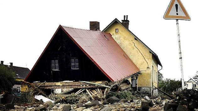 Vodou poničené domy na Liberecku.
