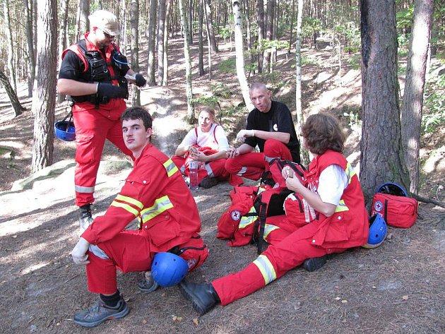 V litoměřické obci Mentaurov se od pátku 30. září do neděle 1. října kola 2. ročník Rescue Marathon. Tým jabloneckého Českého červeného kříže.