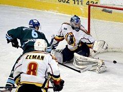 Vlci porazili Milevsko i díky výkonu brankáře Jablonce Michala Nedvídka.