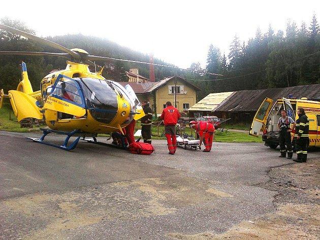 K tragické události došlo v neděli 24. července 2011 večer v Kořenově na Jablonecku. Do koryta Jizery se z výšky zřítila osmiletá dívka. Na následky vážných zranění hlavy i přes více než hodinovou resuscitaci zemřela.