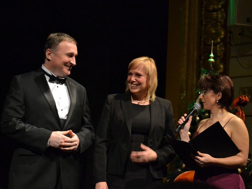 Koncert v jabloneckém Městském divadle a udílení cen Pro Meritis
