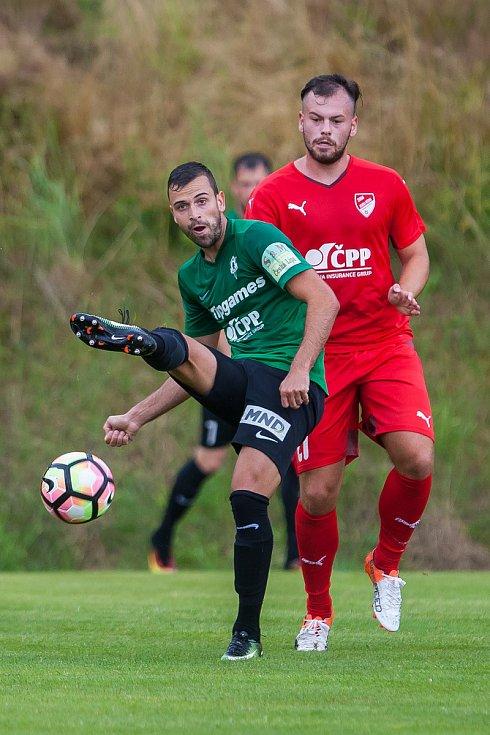 Přátelské fotbalové utkání mezi týmy FK Jablonec a FK Jiskra Mšeno se odehrálo 12. července v Rychnově u Jablonce nad Nisou. Na snímku vlevo Nikola Janković.