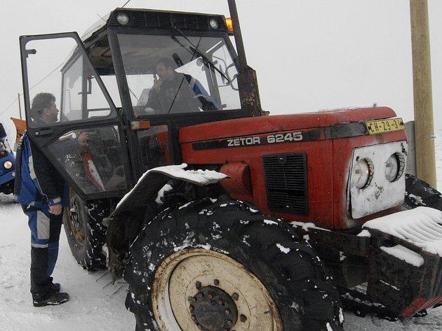 Traktor. Ilustrační snímek.