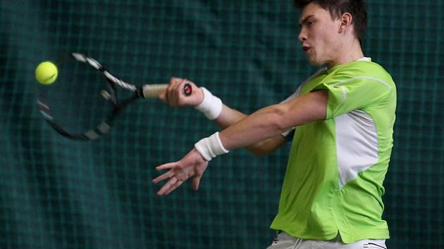 V Břízkách začal tenisový turnaj MND 2012. Na snímku David Prokop z Česka.