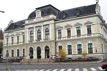 Hlavní pošta v Jablonci.