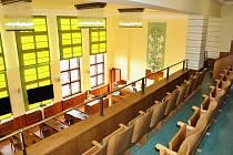 Zrekonstruovaná galerie velkého zasedacího sálu jablonecké radnice doplnila  opravenou velkou zasedací síň, která slouží svému účelu už více jak rok. Rekonstrukce balkonu vyšla na necelých 400 tisíc korun.