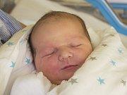 MAREK HRABAJ se narodil v neděli 24. září mamince Kateřině Zemanové z Rynoltic. Měřil 52 cm a vážil 3,84 g.