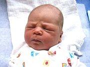 Antonín Žwak se narodil Nině a Janovi Žwakovým z Turnova 9.9.2015. Měřil 52 centimetrů a vážil 4000 gramů.