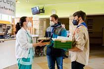 Jilemnický Junák potěšil zdravotníky