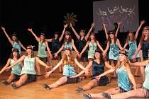 Ples jablonecké ZUŠ v Eurocentru se konal v sobotu.