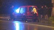 Lidský život vyhasl v úterý v podvečer na křižovatce ulic Tanvaldská a U Tělocvičny ve Vratislavicích nad Nisou. Žena přecházela mimo přechod.