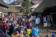 Divadelní představení Pašije o nejslavnějším zmrtvýchvstání proběhlo 30. března na Boučkově statku na Malé Skále.