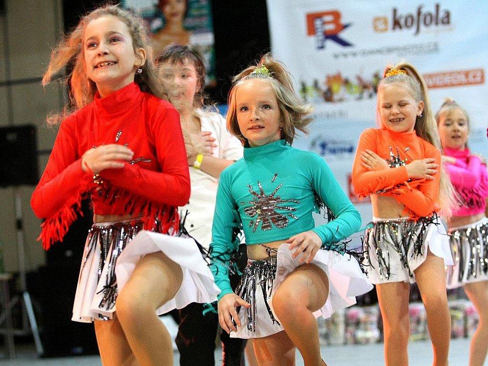 Topgall Dance Live Tour 2011 - mistrovství České republiky tanečních skupin - oblastní kolo v Jablonci nad Nisou. Taneční skupina Ilma - dětská kategorie.