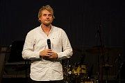 Finálový večer pěvecké soutěže Hvězdy nad Ještědem 2018 proběhl 20. října v Městském divadle v Jablonci nad Nisou. Na snímku je zpěvák David Deyl.