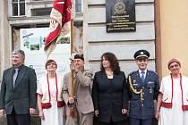 Slavnostní odhalení pamětní desky navigátora RAF Josefa Mohra ve Velkých Hamrech