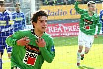 Anes Haurdić na snímku oslavuje jeden ze svých posledních ligových gólů. 3. dubna se trefil do sítě Olomouce.