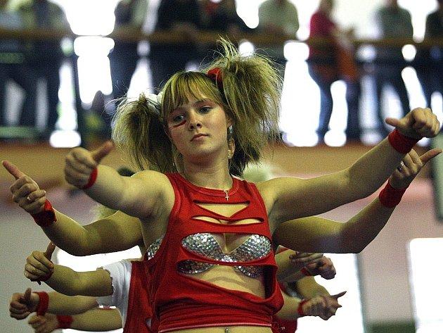 Tančíme pro radost 2008. Na snímku Bubliny Liberec se skladbou Bla Bla Disco.