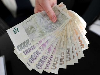 Bankovky - ilustrační snímek