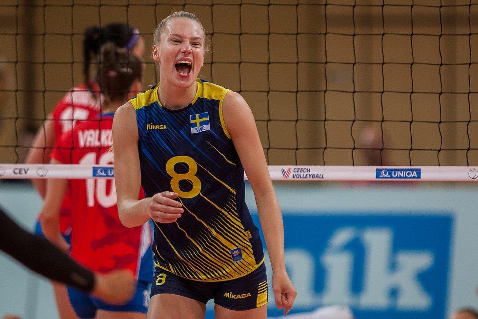 Kvalifikační utkání o postup na volejbalové mistrovství Evropy 2019 žen mezi reprezentačním výběrem České republiky a Švédska se odehrálo 15. srpna v Jablonci nad Nisou. Na snímku je Dalila-Lilly Topic.