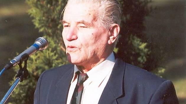 Čestmír Šikola na archivním snímku