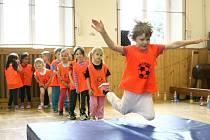 Jak se rodí sportovci? Třeba právě ve Sportovní školičce jakou zvládly děti z MŠ Rádlo.